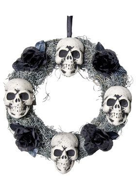 Four Skulls Wreath