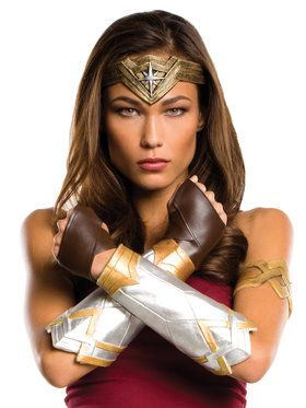 Batman v Superman: Dawn of Justice Wonder Woman Costume Accessory Kit