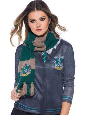 The Wizarding World Of Harry Potter Slytherin Deluxe Scarf